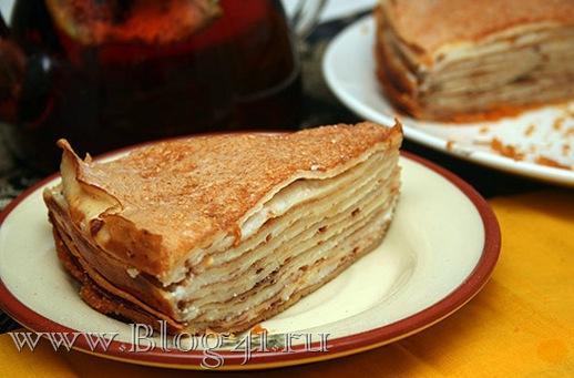 Рецепт блинного пирога в сливочном муссе