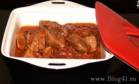 Рецепт свиниы в томатном соусе