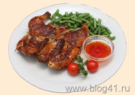 Блюдо из маринованного цыпленка-барбекю